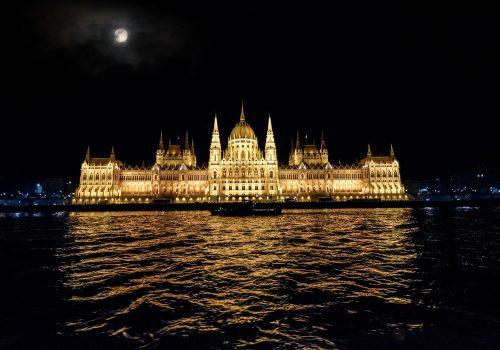 Visitar el Parlamento de Budapest: entradas, visitas y horarios