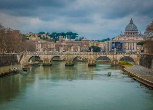 Como ir del aeropuerto de Fiumicino de Roma al centro [2020]