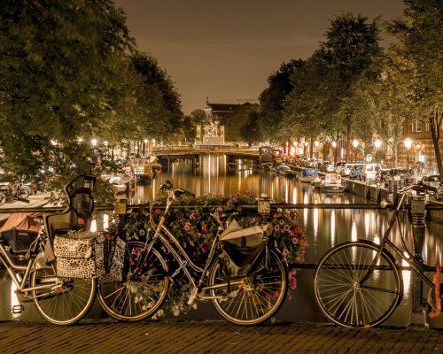 sitios para salir de fiesta en amsterdam