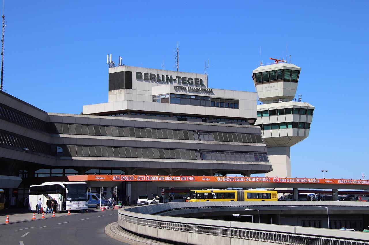 como ir del aeropuerto de tegel a berlin