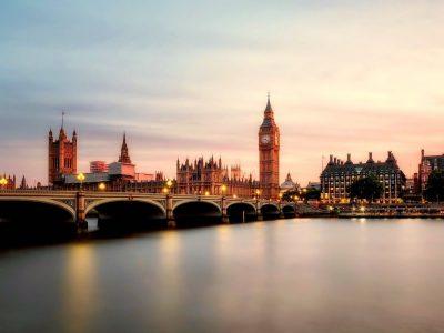 9 ciudades de Inglaterra: nuestros imprescindibles (2021)