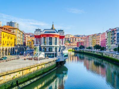 Dónde alojarse en Bilbao: nuestras 5 zonas favoritas (2021)